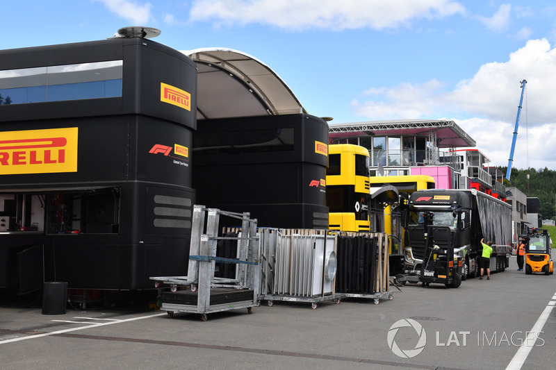 Motorhome Pirelli in costruzione