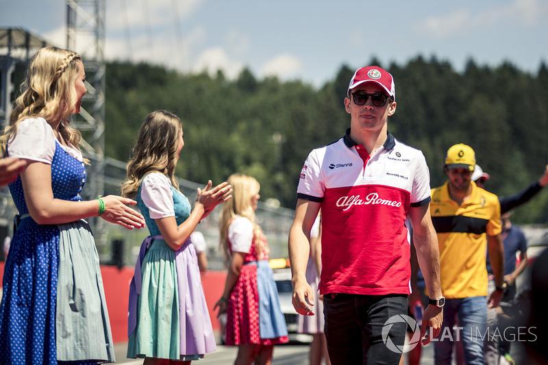 Charles Leclerc, Sauber lors de la parade des pilotes