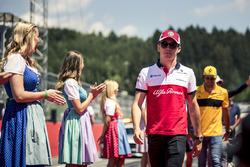 Charles Leclerc, Sauber auf der Fahrerparade