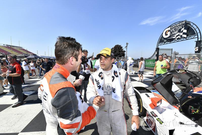 #54 CORE autosport ORECA LMP2, P: Romain Dumas, #6 Acura Team Penske Acura DPi, P: Juan Pablo Montoya