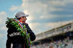 Will Power, Team Penske Chevrolet with Borg-Warner Wreath