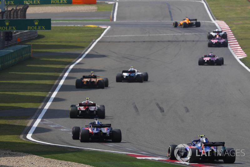 Sergey Sirotkin, Williams FW41 Mercedes, Stoffel Vandoorne, McLaren MCL33 Renault, Charles Leclerc, Sauber C37 Ferrari, Brendon Hartley, Toro Rosso STR13 Honda, and Pierre Gasly, Toro Rosso STR13 Honda