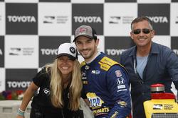Alexander Rossi, Andretti Autosport Honda met vriend Liza Markle en vader