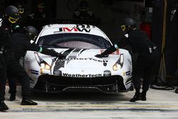 #84 JMW Motorsport Ferrari 488 GTE: Liam Griffin, Cooper MacNeil, Jeff Segal