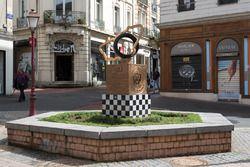 Estatua al ganador en Le Mans