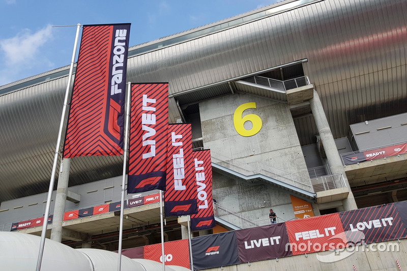 De F1 Fanzone: Live It, Feel It, Love It