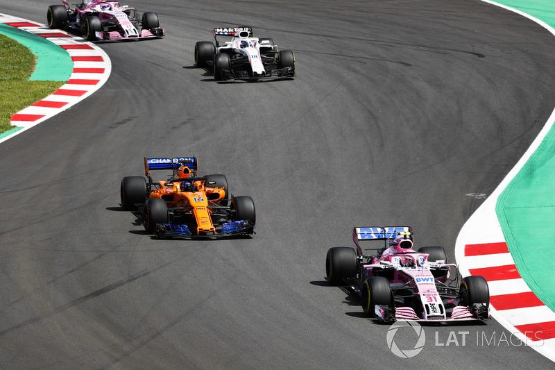 Esteban Ocon, Force India VJM11, Fernando Alonso, McLaren MCL33, Lance Stroll, Williams FW41, Sergio Perez, Force India VJM11