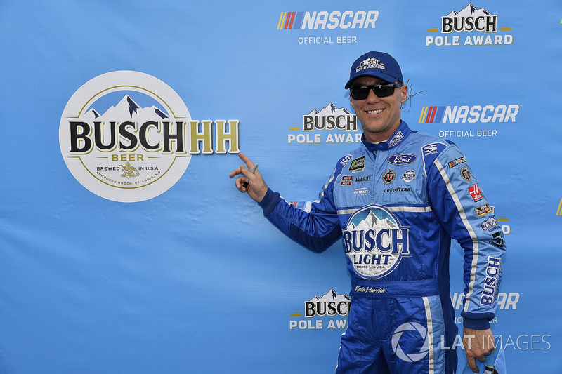 Kevin Harvick, Stewart-Haas Racing, Ford Fusion Busch Light wins the pole