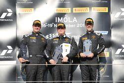 Podium Europe LB Cup: winnaars Gerard Van der Horst, Van Der Horst Motorsport, tweede William Van De