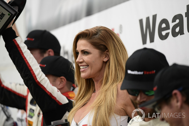 Chica WeatherTech