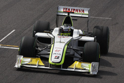 Jenson Button, Brawn GP BGP001 fête son titre