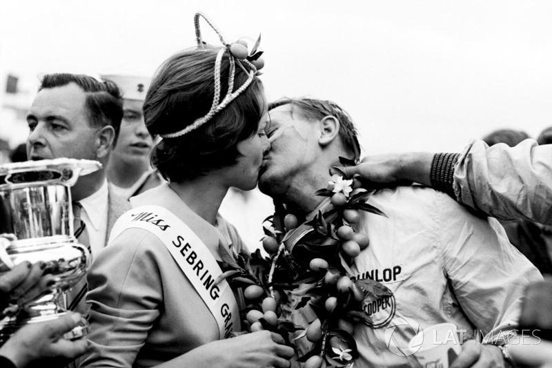 Bruce McLaren: 7 temporadas en Cooper (desde 1959 hasta 1965)