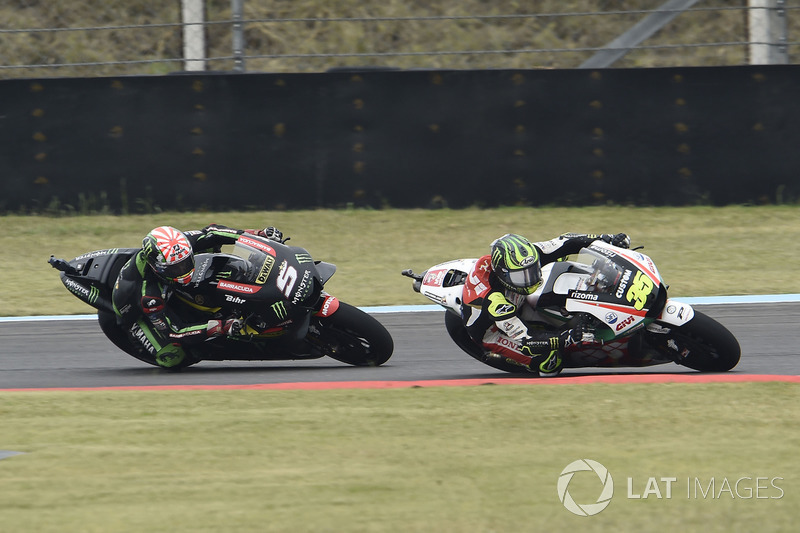 Crutchlow overtaking Johann Zarco, Monster Yamaha Tech 3