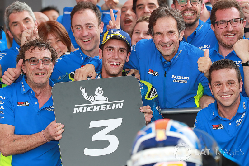 Tercer puesto Alex Rins, Team Suzuki MotoGP, Brivio