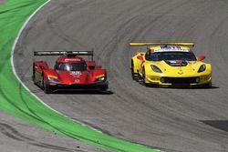#55 Mazda Team Joest Mazda DPi, P: Jonathan Bomarito, Harry Tincknell #3 Corvette Racing Chevrolet Corvette C7.R, GTLM: Antonio Garcia, Jan Magnussen