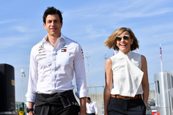 Toto Wolff, Mercedes AMG F1 Director of Motorsport with Susie Wolff
