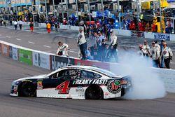 Kevin Harvick, Stewart-Haas Racing, Ford Fusion Jimmy John's celebra