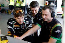 #964 GRT Grasser Racing Team Lamborghini Huracán GT3: Mark Ineichen, Christian Engelhart