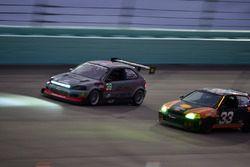 #39 MP3B Honda Civic: Jorge Ortiz, Axel Rivera, Enrique Gelpi, Tommy Ballester of Race Factory Puert