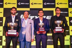 Champion Anindith Reddy, Raghupati Singhania, JK Tyre Managing Director, Nayan Chatterjee and Vishnu Prasad