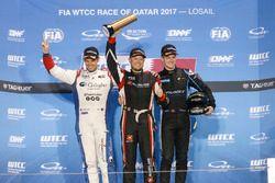 Rob Huff, All-Inkl Motorsport, Citroën C-Elysée WTCC, Tom Chilton, Sébastien Loeb Racing, Citroën C-Elysée WTCC, Kris Richard, Campos Racing, Chevrolet RML Cruze TC1