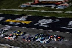 Christopher Bell, Kyle Busch Motorsports Toyota, Johnny Sauter, GMS Racing Chevrolet