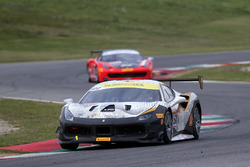 #500 Denker Guangzhou Ferrari 488: Evan Mak