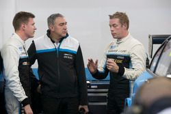 Nicky Catsburg, Polestar Cyan Racing, Volvo S60 Polestar TC1. Thed Björk, Polestar Cyan Racing, Volv