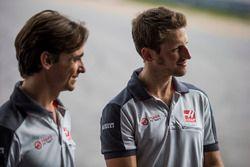 Romain Grosjean, Haas F1 Team, Esteban Gutiérrez, Haas F1 Team