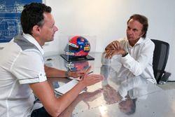 Эмерсон Фиттипальди дает интервью главреду Motorsport.com Чарльзу Бредли