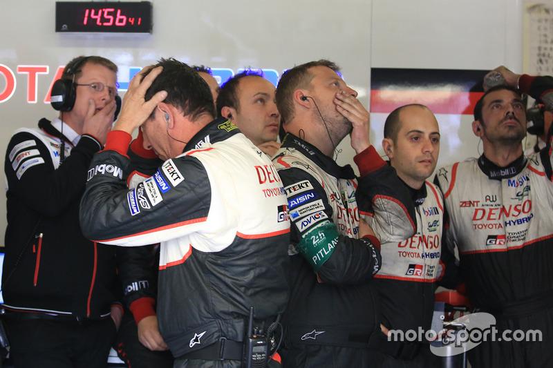 Mecánicos Toyota Racing