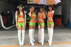 Lovely Arnage Racing girls