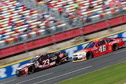 David Ragan, BK Racing Toyota, Michael Annett, HScott Motorsports Chevrolet