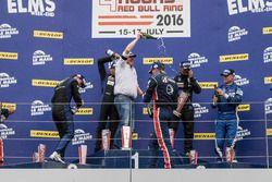 El podio LMP 3
