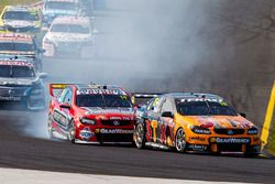 Will Davison, Tekno Autosports Holden, Tim Slade, Brad Jones Racing Holden