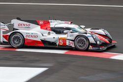 Энтони Дэвидсон, Себастьен Буэми и Казуки Накаджима, #5 Toyota Racing Toyota TS050 Hybrid