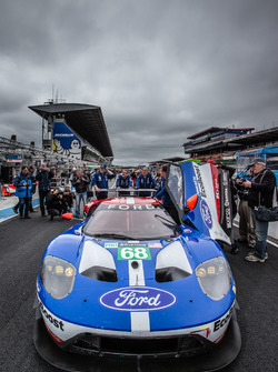 Экипаж #68 Ford Chip Ganassi Racing Ford GT