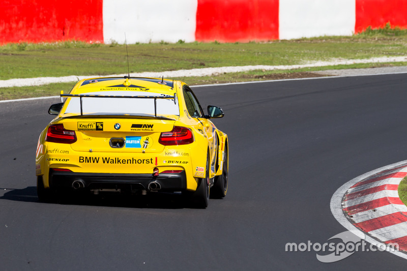 #320 Walkenhorst Motorsport powered by Dunlop, BMW M235iR: Thomas D. Hetzer, Henning Cramer