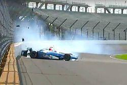 Fuerte chqoue de Max Chilton, Chip Ganassi Racing Chevrolet