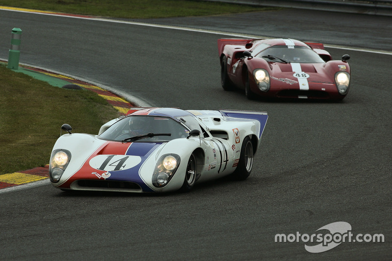 #14 Lola T70 MK3B (1969): Grahame Bryant, Oliver Bryant