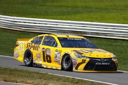 Kyle Busch, Joe Gibbs Racing Toyota, crashed car