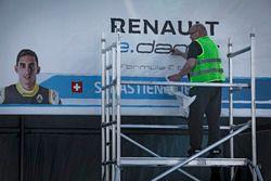 ePrix di Parigi, il box di Sebastien Buemi