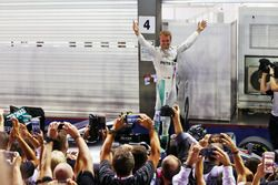 Race winner Nico Rosberg, Mercedes AMG F1 W07 Hybrid celebrates in parc ferme