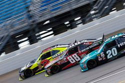 Paul Menard, Richard Childress Racing Chevrolet, Clint Bowyer, JR Motorsports Chevrolet, Erik Jones, Joe Gibbs Racing Toyota