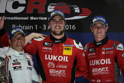 1ª posición Pepe Oriola, SEAT Leon, Team Craft-Bamboo LUKOIL, 2ª posición Gianni Morbidelli, Honda C