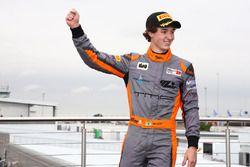 Podio: il vincitore della gara Matheus Leist, Double R Racing