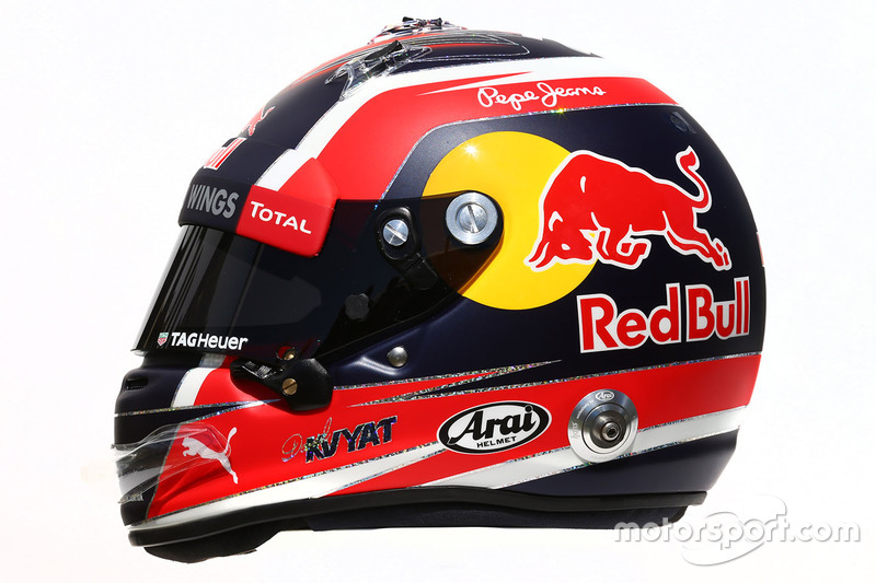 Helm von Daniil Kvyat, Red Bull Racing