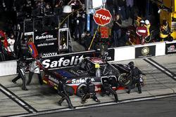 Arrêt aux stands pour Rico Abreu, ThorSport Racing Toyota