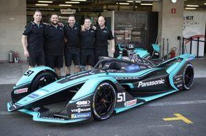 Members of the team with James Calado's, Panasonic Jaguar Racing, Jaguar I-Type 4