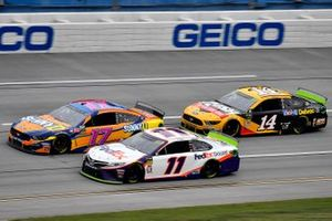Denny Hamlin, Joe Gibbs Racing, Toyota Camry FedEx Ground, Ricky Stenhouse Jr., Roush Fenway Racing, Ford Mustang SunnyD, Clint Bowyer, Stewart-Haas Racing, Ford Mustang Rush / Mobil Delvac 1